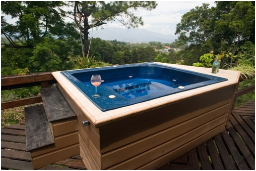 Factors to Consider When Purchasing a Hot Tub Enclosure in Vancouver